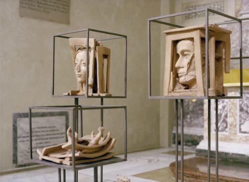 """Il Presepe Dono"""" di Giuseppe Pirozzi e opere in terracotta"""